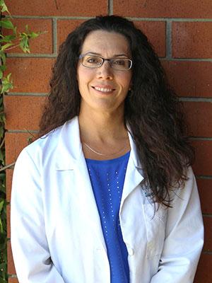 Dr. Laura Machado